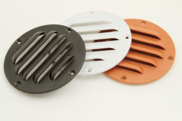 bevtent021 louver plastic - LOUVERED BREATHER PLATE